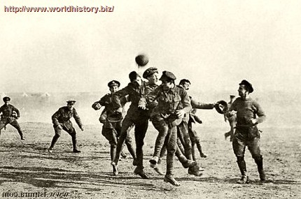 The Christmas truce – 1914